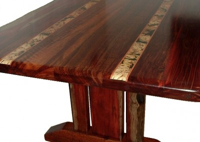 Jarrah dining table with light inlays - Peet